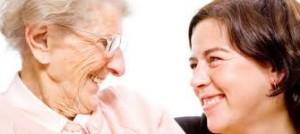 Asistencia sociosanitaria en el domicilio y el perfil del cuidador.